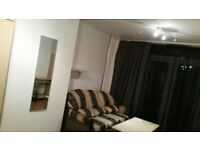 Cheap*** double room in Isle of Dogs -Crossharbour