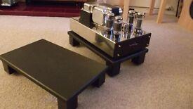 Stand granite under the speaker system