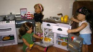 18 american girl doll furniture kitchen cooking dish washer fridge sink tea set. Black Bedroom Furniture Sets. Home Design Ideas