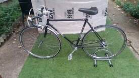 "Vintage falcon racing bike frame 22""/ gears 10 speeds/ wheels 700c NEED GONE"