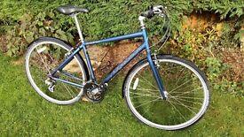 Ridgeback hybrid bike in great condition