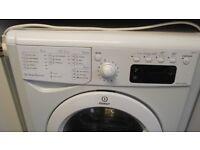 Indesit washing machine 8 kg load 4 years old. FREE.