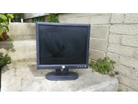 "Dell 17"" Monitors"