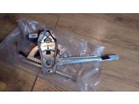 FORD TRANSIT WINDOW REGULATOR FRONT RIGHT DRIVER SIDE & 2 PIN MOTOR