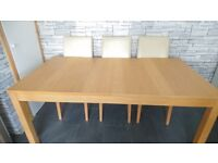 Kitchen-- dining table, excellant condition can sit 6 to 8 quite comfortly