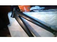 Bicycle frame dirt bike u ramp