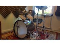 Mapex Horizon HX Drum Kit With Hardware and Accessories