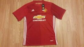 Manchester united home jersey....