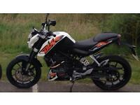 KTM 200 DUKE MOTORCYCLE MOTORBIKE LOW MILEAGE LIKE NEW