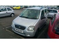 Suzuki wagon r good car for ride and ppl with leg problem no mot £290