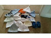 X16 Baby hats and 0-3months flip flops