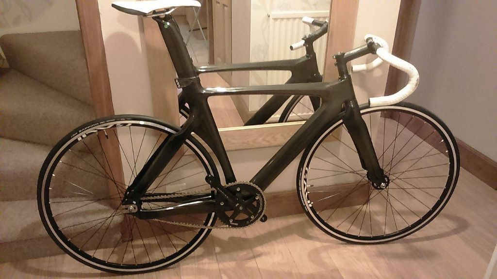 COBRA Track Bike - Carbon frame, 56cm, NEW & UNUSED WHEELS & TYRES ...