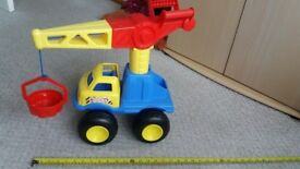 Childs Tonka truck with swivel bucket