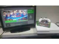 *OFFERS*SWAPS*FREE DELIVERY* Xbox one s 500gb white BUNDLE
