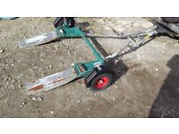 Braked professional collapsible towing dolly, by Intertrade
