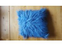 Car and blue cushion £1
