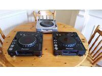 Pioneer CDJs/ set up