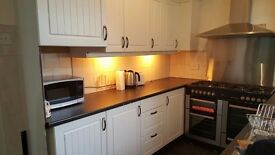 all inclusive ***** single room to rent , close to l&d and leagrave station £ 360 pm