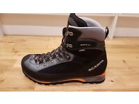 Winter Walking Boots Scarpa Manta Pro GTX UK Size 12