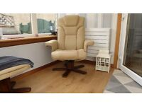 Reclining chairs with stools ( 2 )