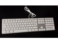 Apple A1243 Ultra Thin Aluminum USB Wired Keyboard With Numeric Keypad