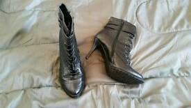 Ladies heels boots fashion accessories black nice