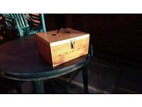 CANARY / MULE CARRYING BOX