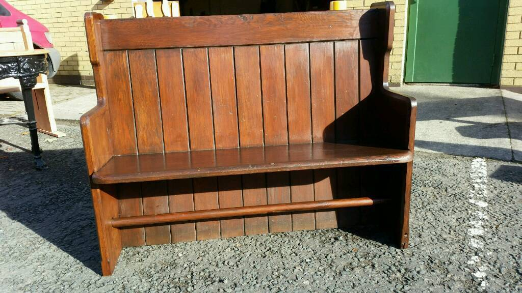 4 ft Church pew . Church pew scotland