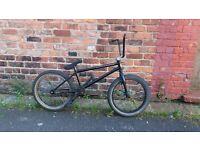 Bargain ....vandals bike co. Custom Stunt bmx ...*Read Description