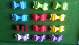 Small bow clips