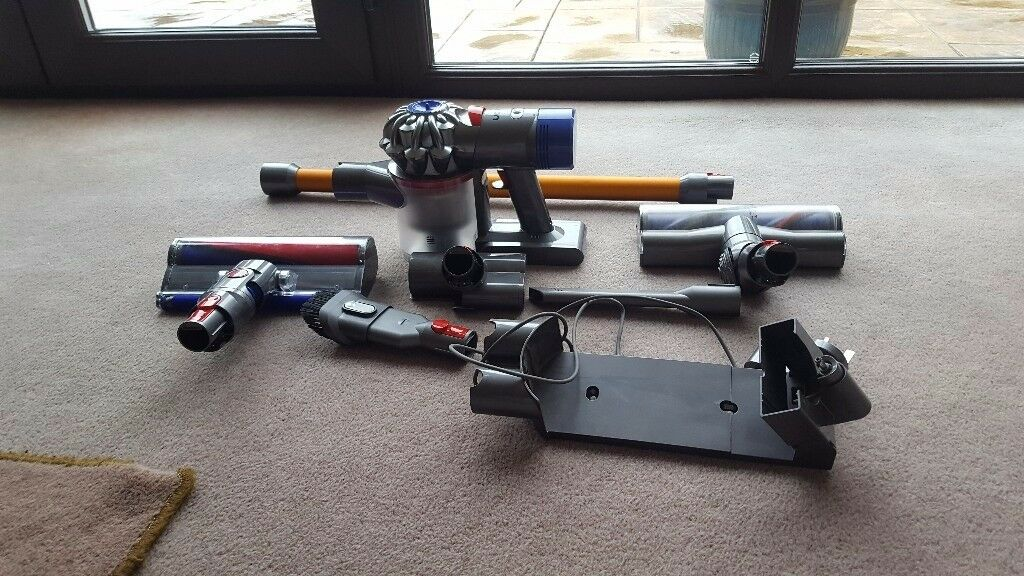 DYSON V8 ABSOLUTE FOR SALE