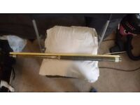 19oz fibreglass pool cue open to offers
