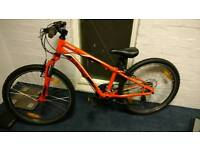 """Specialized Hot Rock 24"""" junior mountain bike VERY GOOD CONDITION"""