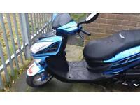 Lexmoto 125 moped 5WEEKS OLD