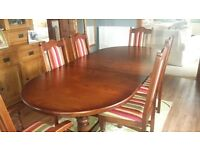 Heritage lancaster old charm dining table and chairs