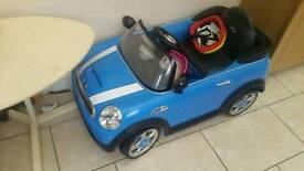 Ride on electric mini