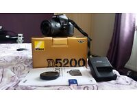 Nikon D5200 for sale with Box and all cables / charger etc.
