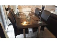 (DINING TABLE SET FOR SALE)
