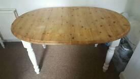 Farmhouse solid oak extendable table