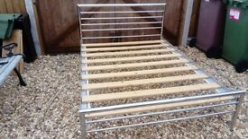4'6 SILVER METAL BED FRAME WITH WOODEN SLATS GOOD CONDITION FREE LOCAL DELIVERY