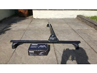 THULE locking roof bars