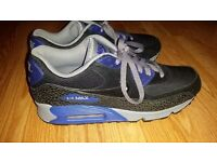 New Nike Airmax size 9.5 UK