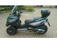 Gilera fuoco 500 (same as piaggio mp3)