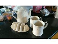 Fairmont & Main: Little Red Dot – Teapot, Toast Holder and 2 Mugs