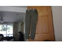 H&M Size 10 womens Green trousers- Great condition