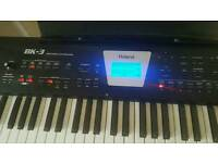 Roland BK 3 like new