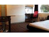 2 large rooms in house very near Aberdeen University for rent now till end August (+ longer)