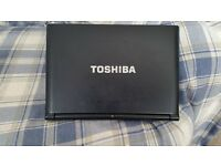 Toshiba NB500 notebook with 120GB SSD