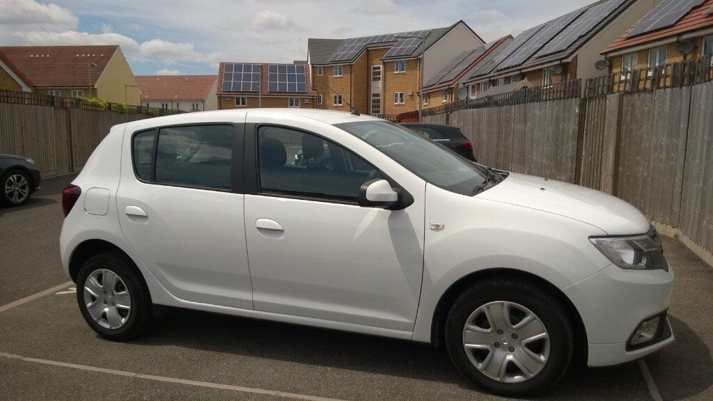 2017 dacia sandero laur ate 0 9 tce comfort pack hatchback 5dr start stop in cambridge. Black Bedroom Furniture Sets. Home Design Ideas