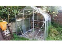 Greenhouse 8 x 6 ft glass and aluminium frame